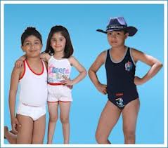100% Cotton, Polyester/Cotton, Ripped, Single Jersey, Age Group : 4-14 years