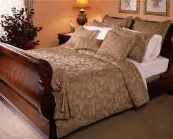 Bed Sheets:100% Cotton and 100% Polyester, Woven, Dust Repellant