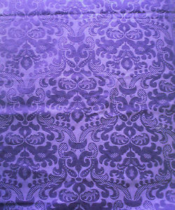 Woven Jacquard Fabric:450 - 1000 GSM, 100% Jacquard, Dyed, Plain