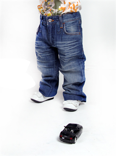 Jeans:90% Cotton/10% Elastane, 2 to 8 years