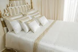 Bed linen:100% Cotton & 100% Egyptian Cotton, Woven and Nonwoven, No special feature