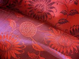 Silk Fabric:80 to 160 GSM, 100% Silk , Dyed, Plain