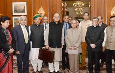 Finance minister Arun Jaitley, minister of state for finance Arjun Ram Meghwal and Santosh Kumar Gangwar with senior officials and President Pranab Mukherjee at Rashtrapati Bhavan. Courtesy: PIB