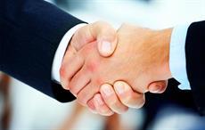 JD enters into strategic partnership with Farfetch