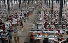 Cambodian factory workers protest on annual leave issue