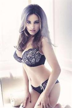 United Kingdom   Kelly Brook launches sexy   gorgeous lingerie ... 1916a75c0