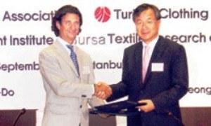 Mr. Negrin (L); Mr. Soo (R)/Hurriyet