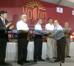 LNJ Bhilwara bags top prize for display at Vastra 2013