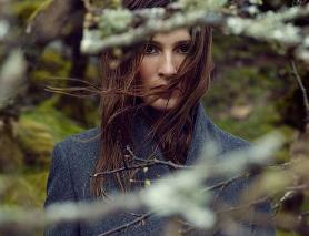 Esprit fall/winter 2013campaign explores art of travelling
