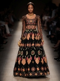 Valentino explores new elements in S/S'14 collection