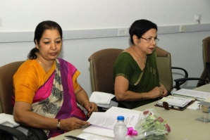 Ms. Kiran Soni Gupta (L) and Mrs. Zohra Chatterji