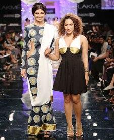 Shilpa Shetty (L) & Masaba Gupta