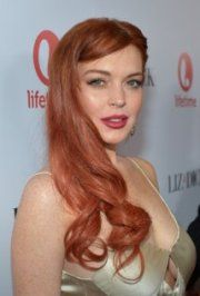 Lindsay Lohan/c: IMDb