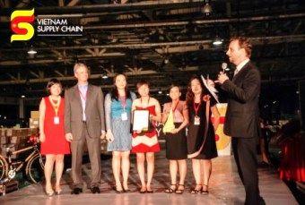 Coats Phong Phu bags People Empowerment award