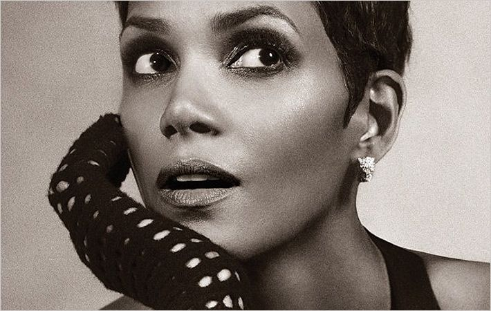 Halle Berry/c: Scandale Paris