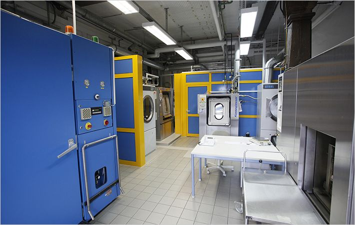Modern washing laboratory at Hohenstein Institute