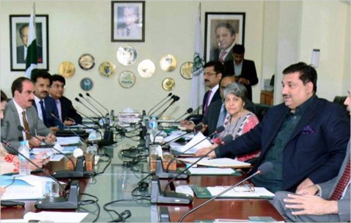 Dastgir Khan meeting APTMA & FPCCI delegation