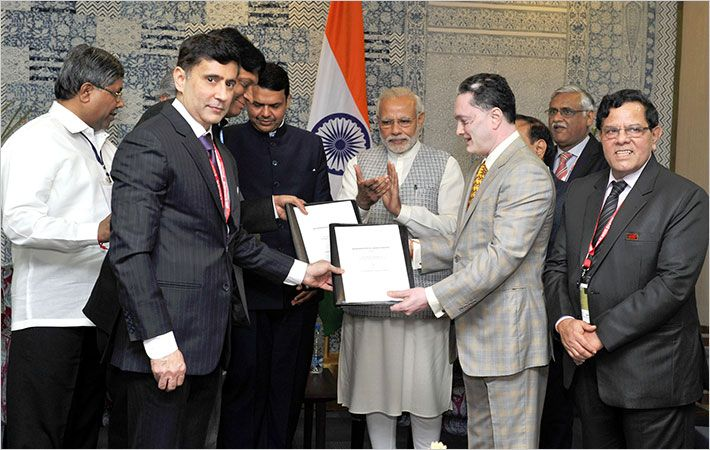 Raymond signing MoU with Maharashtra govt at Make in India week
