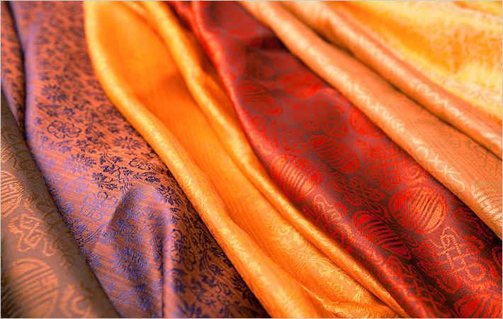 Vietnam-Asia silk fair opens gates for Asian silk centres