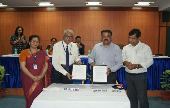 Courtesy- Amity University, B L Arya and Shashi Kant Thakur with technology transfer agreement