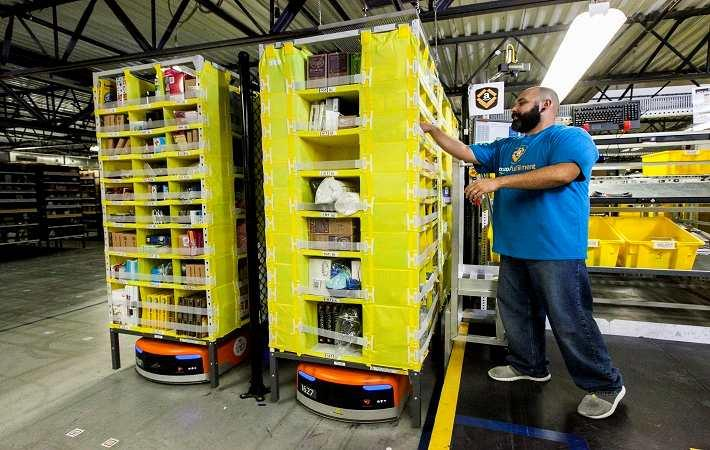 Amazon opens second fulfilment centre in Illinois