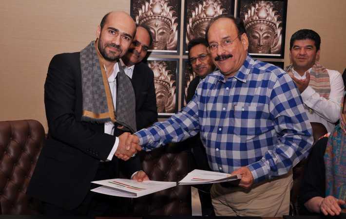 Mohamad Javad Sedghamiz, Vice President TGU with Ashok G Rajani, Chairman AEPC