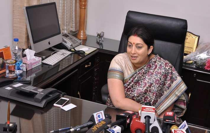 Smriti Irani addressing mediapersons after taking charge as Union textiles minister. Courtesy: PIB