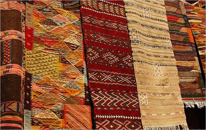 India : Indian women should have handlooms in wardrobe ...
