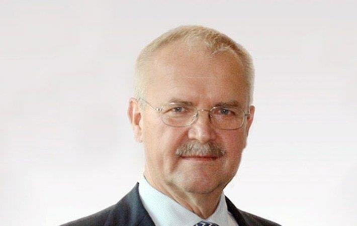 Fritz P Mayer