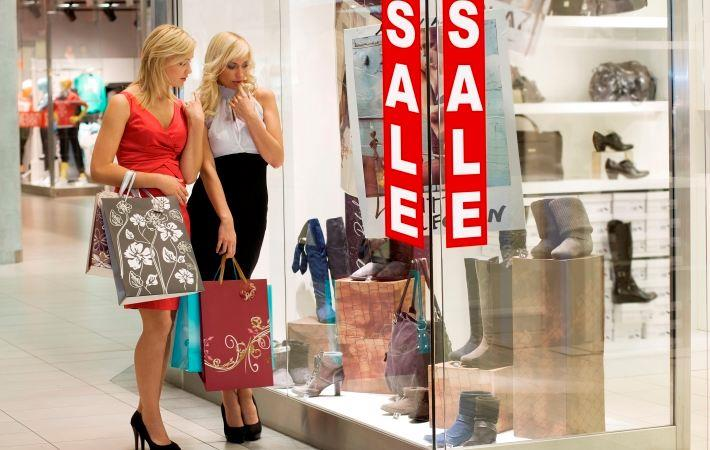 Malls offer freebies to shoppers ahead of festive season