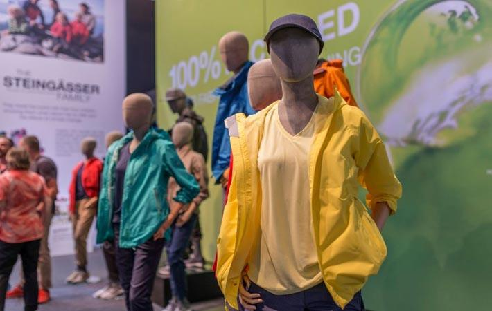 Germany outdoor trade show exhibits functional apparel for Best trade show shirts