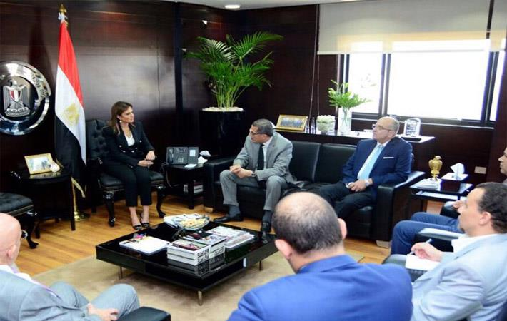 Dr Sahar Nasr with members of the Egyptian Textile Industries Council; Courtesy: MIIC