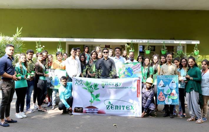 Zenitex CEO Viral Desai with ADF students; Courtesy: Zenitex