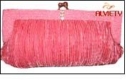 Alviety's new online store sells exquisite handmade handbags