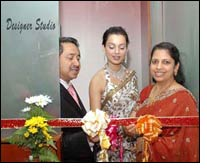 Kangana inaugurates designer studio at BIG JOY ALUKKAS
