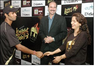 D'damas Glitterati wishes luck to Kolkatta Knight Riders