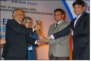 Jaydeep Cotton Fiber bag exporters excellence award