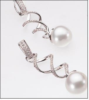 Paspaley's latest jewels whisper subtle elegance
