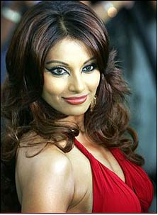 Gili grabs Bipasha to endorse its popular jewelry line