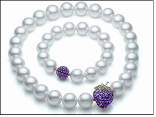 Paspaley Pearl Strands create playful look perfect for season