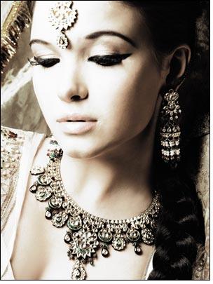 Celebrate Navratri with Tanishq jewellery