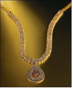 Tanishq unveils the hi-end 'ALEYA' collection