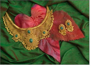Gold souks & jewelry stores arrange Diwali delight for customers