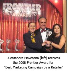 "Alessandra Piovesana (left) receives the 2008 Frontier Award for ""Best Marketing Campaign by a Retailer"""