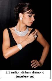 2.5 million dirham diamond jewellery set