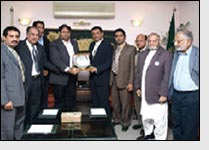 Textile exporters assured of implementing policy, LCCI