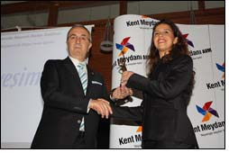 Yesim receives an Award