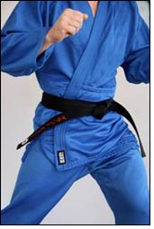 More resistant fabric for martial art practitioners