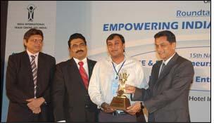 Mr Jay Gupta wins Young Entrepreneur Award