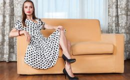 Dots and lines can make garments that suit the wearer